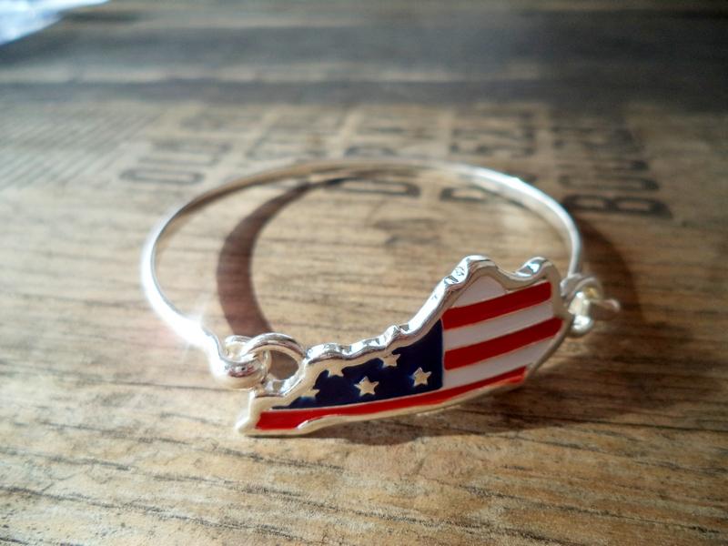 Kentucky American Flag Silver Hook Bracelet