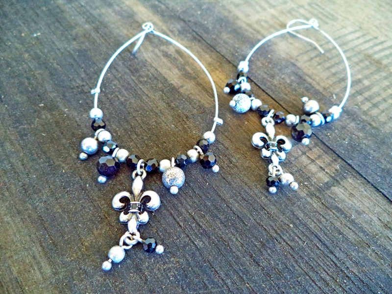 Black & Silver Set of Fleur De Lis Earrings
