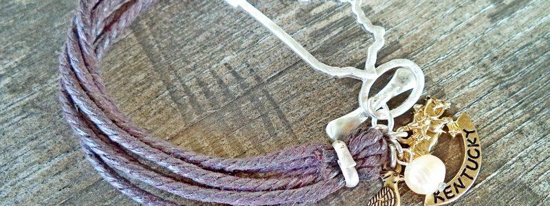 Kentucky Favorites Leather hook Bracelet
