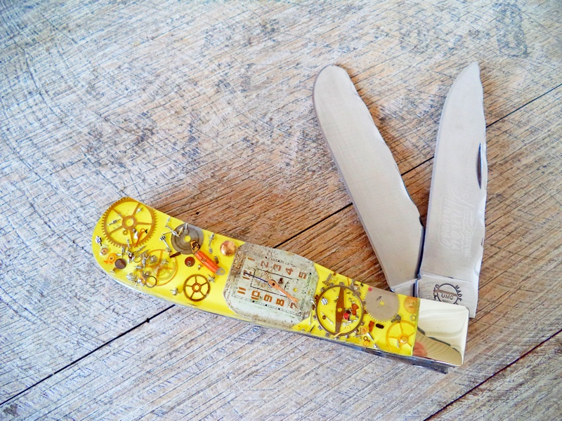 Remington Custom Yellow Steampunk Jumbo Trapper Knife