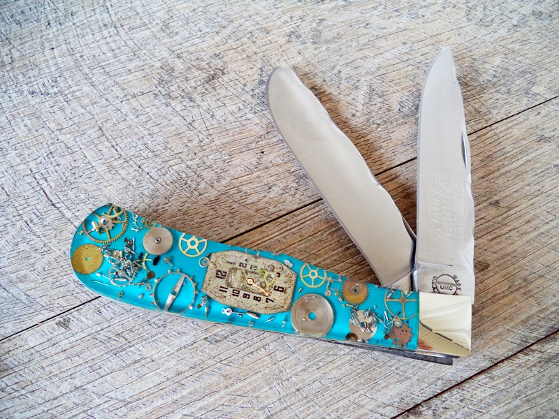 Remington Custom Turquoise Steampunk Jumbo Trapper Knife