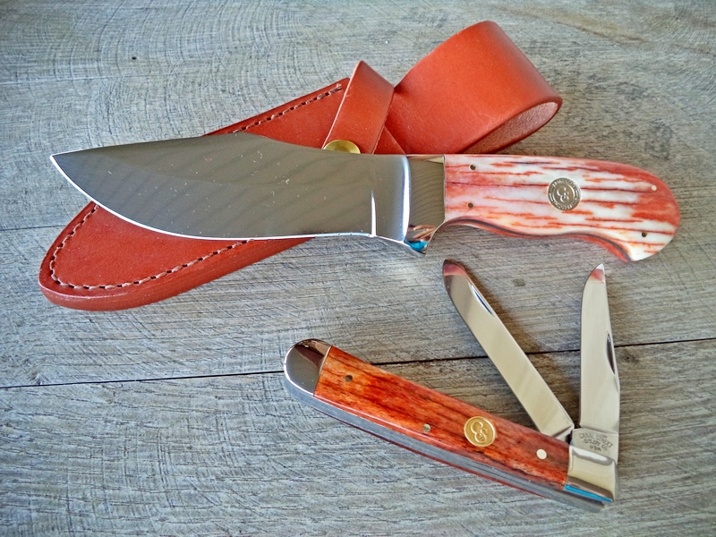 Canal Street Cutlery Co-Op Giraffe Bone Trapper & Bowie Set