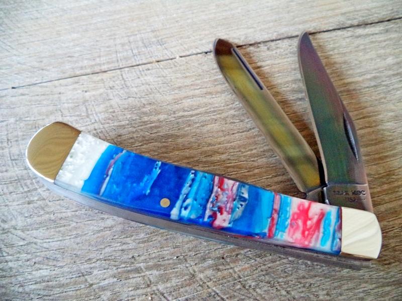 Bear Titanium Coated American Trapper Knife